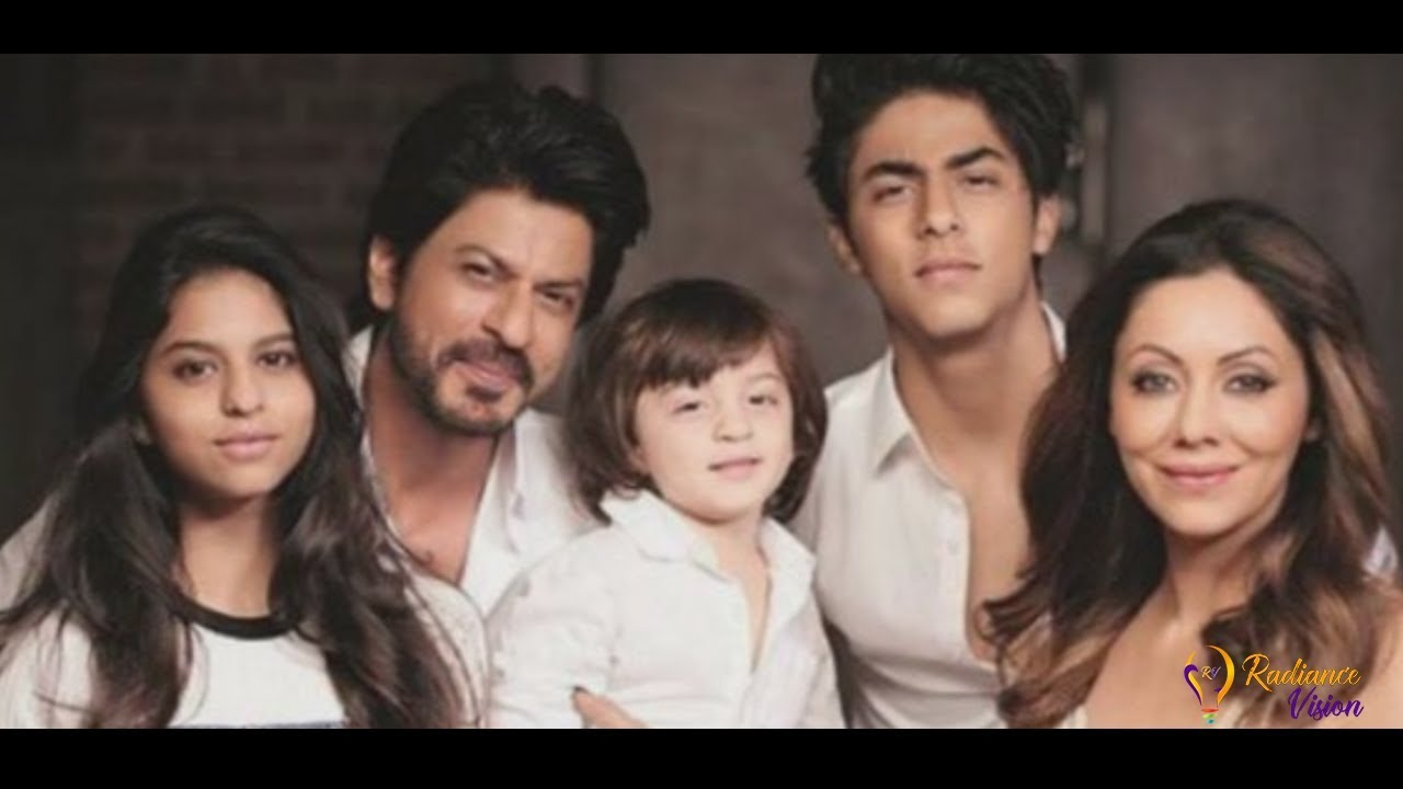 Shahrukh Khan's (SRK) Lifestyle and family