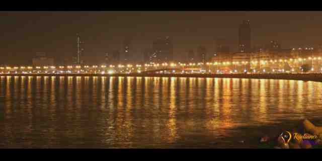 Most Favourite Place in Monsoon- Mumbai's Marine Lines